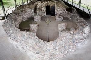 Ostrów Lednicki palatium i kościół