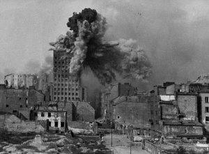 Ostrzał budynku Prudentialu w Powstaniu warszawskim