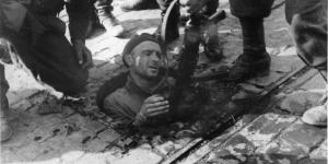 Powstanie warszawskie Kanały