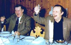 Lech Wałęsa i Adam Michnik w Magdalence
